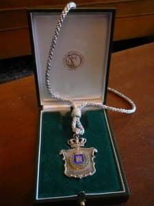 75 Aniversario-Medalla de plata Ayto (4)